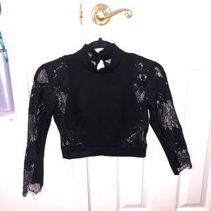 BEBE floral crop top blouse